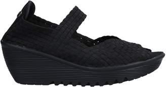 Bernie Mev. Sandals - Item 11210205UW