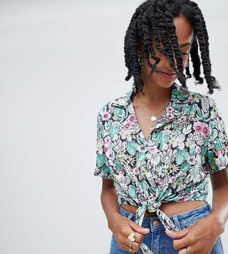 Reclaimed Vintage inspired tie front cropped shirt