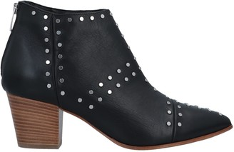 Janet & Janet Ankle boots - Item 11624494HV