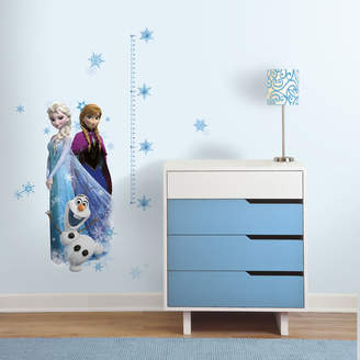 Room Mates Popular Characters 20 Piece Frozen Elsa, Anna and Olaf Wall Decal