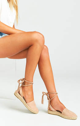 Show Me Your Mumu Steve Madden ~ Mesa Wrap Up Sandals ~ Nude Suede