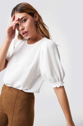 Trendyol Puffed Short Sleeve Blouse