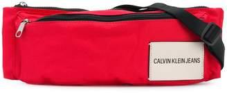 Calvin Klein Jeans (カルバン クライン ジーンズ) - Calvin Klein Jeans ロゴパッチ ベルトバッグ