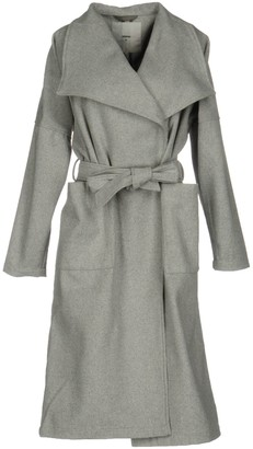 Minimum Coats - Item 41704415AK