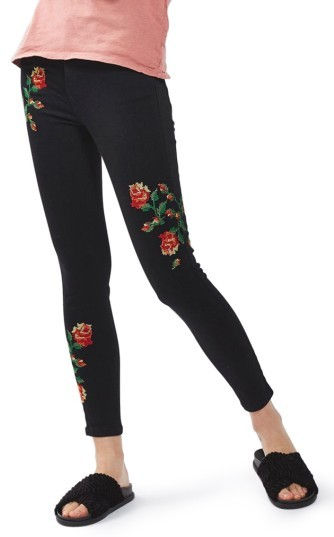TopshopWomen's Topshop Jamie Embroidered Skinny Jeans