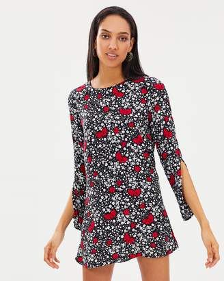 Atmos & Here ICONIC EXCLUSIVE - Evelyn Shift Dress