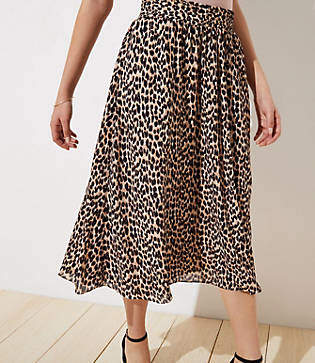 45457e1270 LOFT Leopard Print Smocked Pull On Maxi Skirt