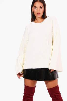 boohoo Plus Flared Sleeve Knitted Jumper