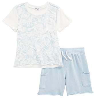Splendid Pocket T-Shirt & Shorts Set