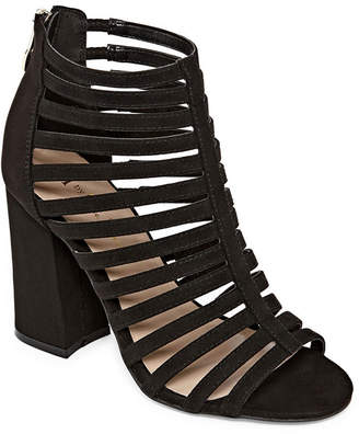 Nicole Miller Nicole By Caged Womens Pumps