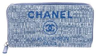 Chanel 2018 Deauville Zip Wallet