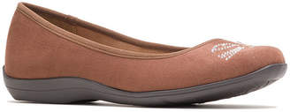 Hush Puppies Womens Kittycat Slip-On Shoes Slip-on Round Toe