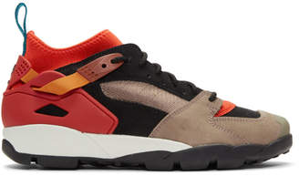Nike ACG Red Air Revaderchi Sneakers