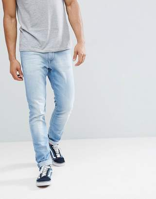 Tommy Jeans Steve Slim Tapered Jeans in Light Wash