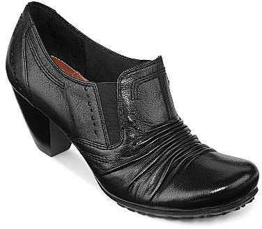 JCPenney YuuTM Teresa Side-Gore Leather Shooties