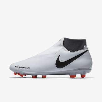 Nike Phantom Vision Academy Dynamic Fit Multi-Ground Soccer Cleat