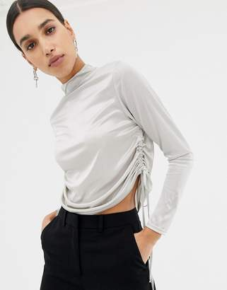 Missguided ruched side long sleeve crop top in silver