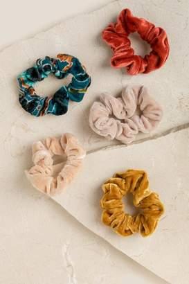 francesca's Prima Velvet Scrunchie Set - Cinnamon