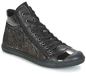 Pataugas BONO/C women's Shoes (High-top Trainers) in Black
