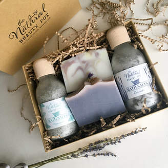 The Natural Beauty Pot Lavender And Peppermint Bath Salts And Soap Gift Box