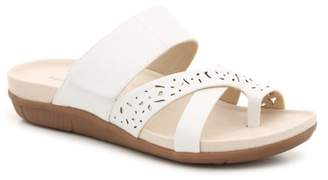 Bare Traps Jeyda Wedge Sandal