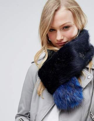 Bandits Premium Faux Fur Cross Through Scarf