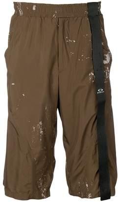 Oakley By Samuel Ross knee-high cargo shorts