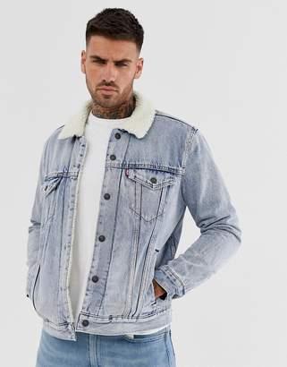 Levi's stonebridge denim borg trucker denim jacket in light wash