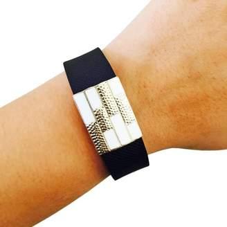 Funktional Wearables The SUMMER Charm in White-Garmin Vivosmart