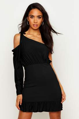 boohoo One Sleeve Shirred Bodycon Mini Dress