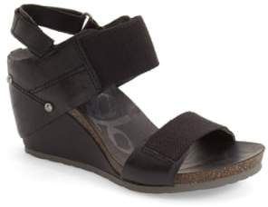 OTBT 'Trailblazer' Wedge Sandal