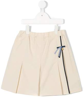 Familiar box pleats skirt shorts