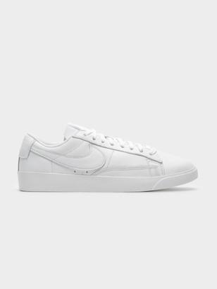 Nike Blazer Low Leather Sneaker in White