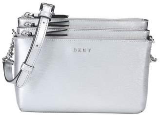 DKNY (ディー ケー エヌワイ) - DKNY メッセンジャーバッグ