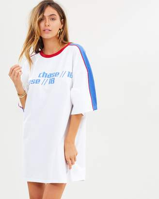 Missguided Oversized Racing SS T-Shirt Dress