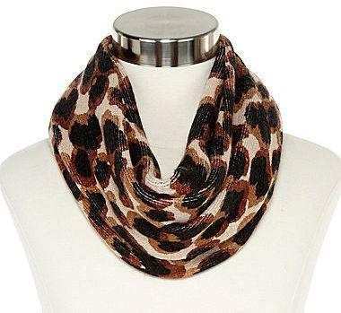 Liz Claiborne Large-Scale Leopard Print Infinity Scarf