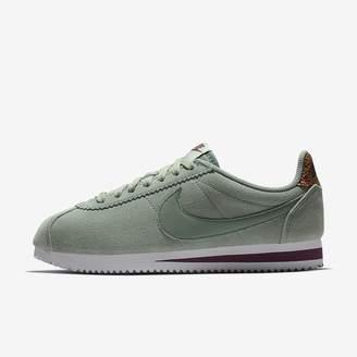 Nike Women's Shoe Classic Cortez LX