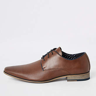 Mens Brown textured lace-up derby shoes