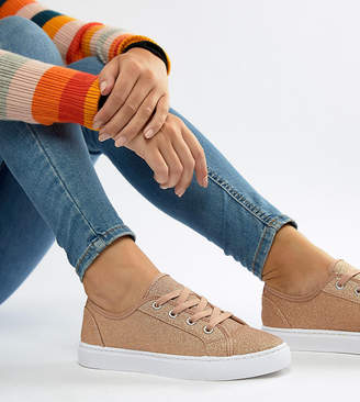 Asos DESIGN Wide Fit Daisy sneakers