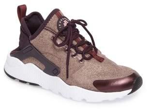 Nike 'Air Huarache Run Ultra SE' Sneaker