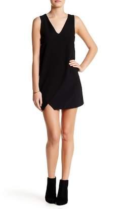 Dee Elly V-Neck Sleeveless Asymmetrical Dress