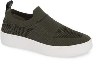 Steve Madden JBEALE Knit Slip-On Sneaker