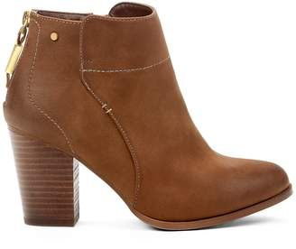 Yellow Shoes Mori Womens Heeled Ankle High Boots - Casual & Comfortable - Medium Block Chunky Heel - Made from Synthetic Leather - Cowboys & Western Style - Perfect Booties Spring Fall Black