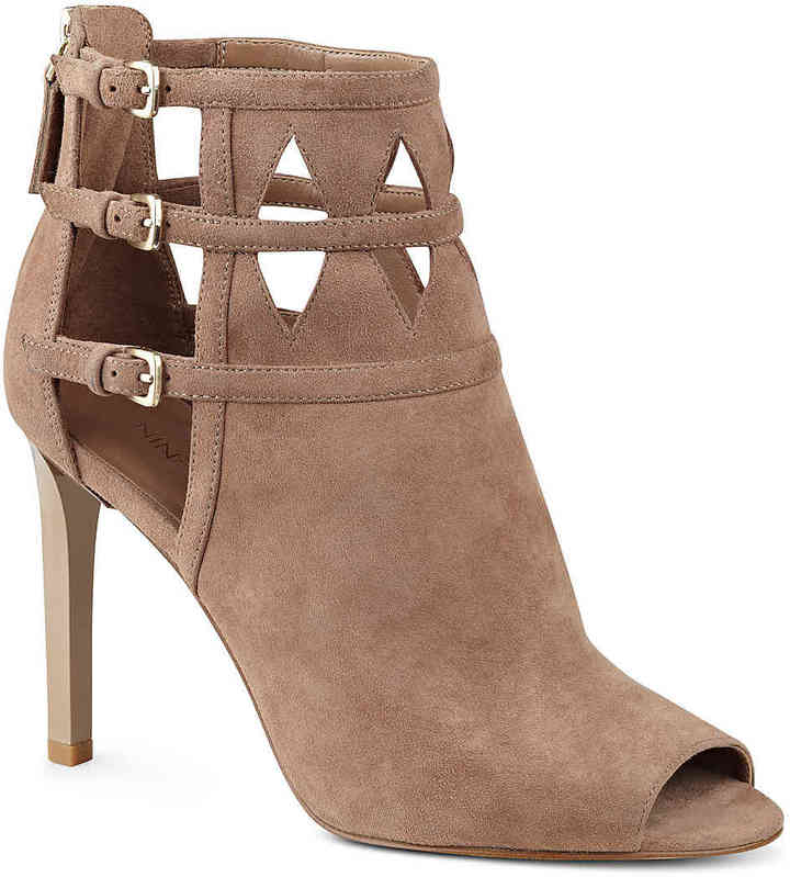 Nine West Women's Laulani Bootie -Nude