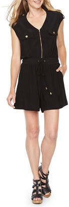 EMMA AND MICHELE Emma And Michele Short Sleeve Romper