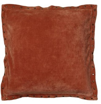 """Rizzy Home Velvet With Antique Brass Metal Studs On Flange Decorative Throw Pillow, 18"""" x 18"""", Orange"""
