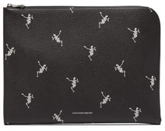 Alexander McQueen Skeleton Print Zip Around Leather Pouch - Mens - Black White