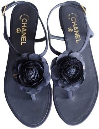 Chanel Cloth flip flops