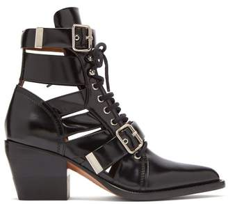 Chloé Rylee Cut Out Patent Leather Ankle Boots - Womens - Black