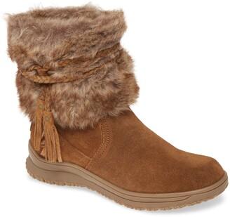 Minnetonka Everett Water Resistant Faux Fur Boot